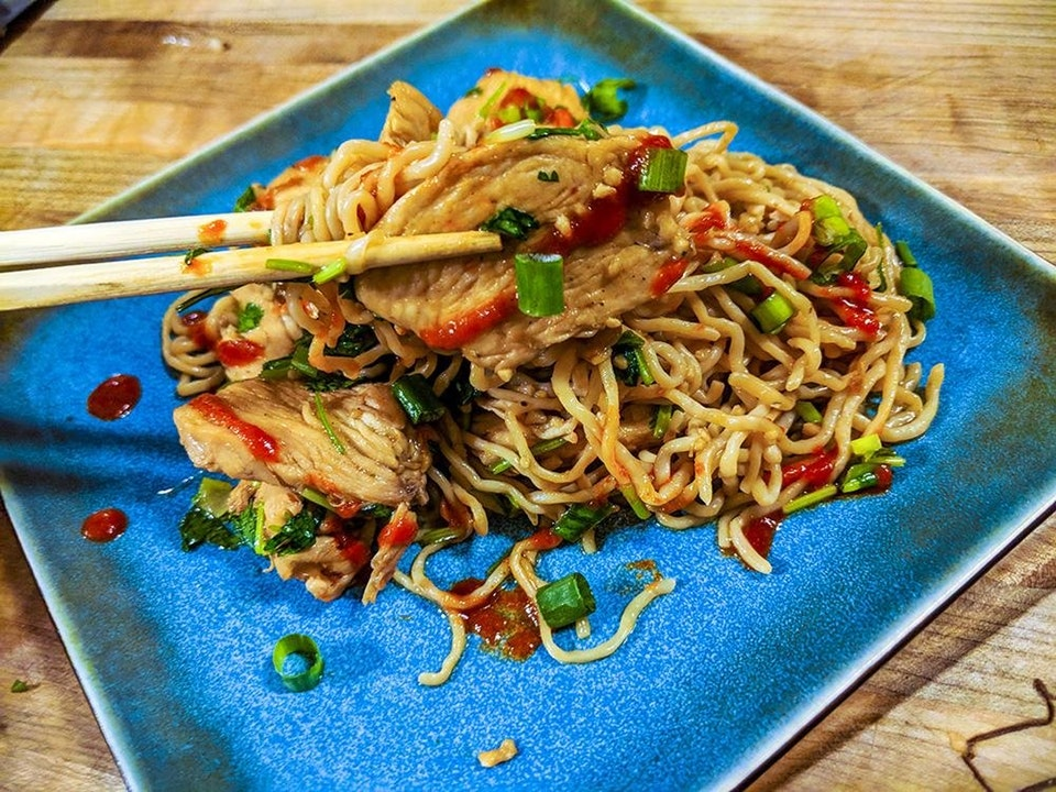 Keto Sesame Ginger Noodles With Chicken